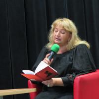 Adela Kuik-Kalinowska czyta swój wiersz w języku kaszubskim