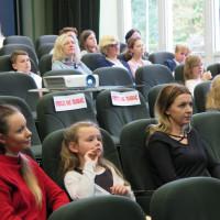 Publiczność zgromadzona na Powiatowym konkursie Mistrzowie Pięknego Czytania 2018