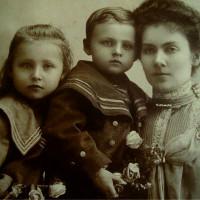 Maria Pilecka z matką Ludwika i bratem Witoldem