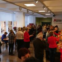 Pracownicy Koszalińskiej Biblioteki Publicznej na spotkaniu pożegnalnym